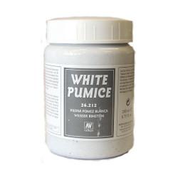 Piedra Pomez Blanca. Bote 200 ml. Marca Vallejo. Ref: 26.212.