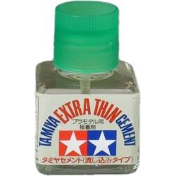 Adhesivo Extra de Poliestireno. Bote de 40 ml. Marca Tamiya. Ref: 87038.