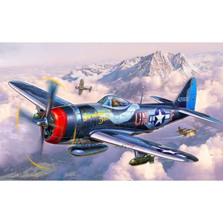 Caza Republic P-47 M Thuderbolt. Escala 1:72. Marca Revell. Ref: 03984.
