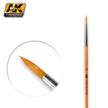 Pincel Redondo 6 Sintético. Marca AK-lnteractive. Ref: AK606.