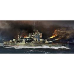 HMS Queen Elizabeth 1941. Escala: 1:700. Marca: Tr-umpeter. Ref: 05794.