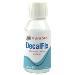 Decalfix. Bote 125 ml. Marca Humbrol. Ref: AC7432.