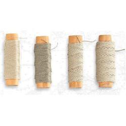 Hilo crudo de algodón diámetro 0.25 mm ( 30 m ). Marca Artesanía Latina. Ref: 8802.