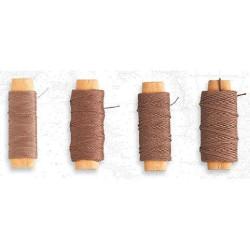 Hilo marrón de algodón diámetro 0.25 mm ( 30 m ). Marca Artesanía Latina. Ref: 8806.