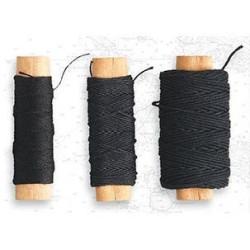 Hilo negro de algodón diámetro 0.75 mm ( 10 m ). Marca Artesanía Latina. Ref: 8813.