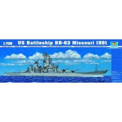 Acorazado USS Missouri BB-63, 1991. Escala: 1:700. Marca: Trumpeter. Ref: 05705.