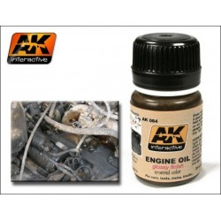 Producto weathering, Engine oil. Bote de 35 ml. Marca AK Interactive. Ref: AK084.