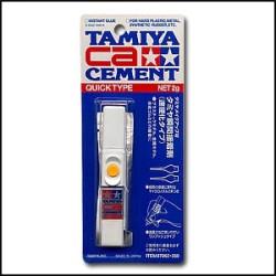 Cement Ciano-acrilato, secado rápido. Bote de 2g. Marca Tamiya. Ref: 87062.