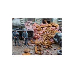 Chatarra oxidada. 140 gr. Escala 1/35. Marca Juweela. Ref: 23335.