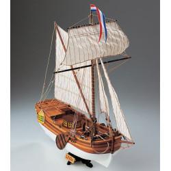 Leida Yacht da diporto Olandese. Marca Corel. Escala 1:64. Ref: SM57.