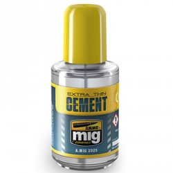 Extra thin cement full, pegamento ultraligero para maquetas. Bote 30 ml. Marca Ammo by Mig Jimenez. Ref: AMIG2025.