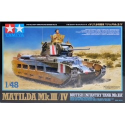 Carro Matilda Mk III/IV infantería británica tanque MkIIA. Escala 1:48. Marca Tamiya. Ref: 32572.