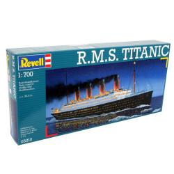 Buque de pasajeros R.M.S Titanic 1914. Escala: 1:700. Marca: Revell. Ref: 05210.