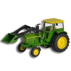 Tractor John Deere 3120. Escala 1:32. Marca Schuco. Ref: 450767800.