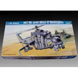 Mil Mi-24V Hind-E Helicopter. Escala 1:35. Marca Trumpeter. Ref: 05103.