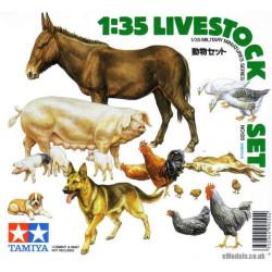 Set Livestock, animales de granja. Escala 1:35. Marca Tamiya. Ref: 35128.