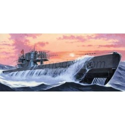 U-673 typ U-VIIC Turm II GERMAN U-BOOT. Escala: 1:400. Marca: Mirage. Ref: 40412.