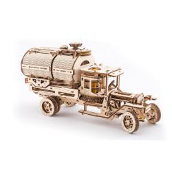 Camión cisterna, madera contrachapada, Kit de montaje, Escala 1:32. Marca Ugears, Ref: 70021.