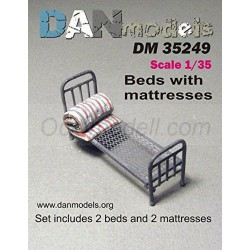 Beds with matresses. Escala 1:35. Marca FCmodeltrend. Ref: DM35249
