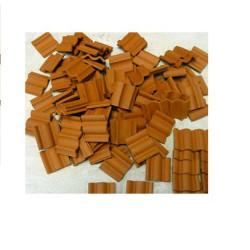 Teja flamenca, 1:10 ( 30 x 30 x 3 ) mm, cerámica. Bolsa de 25 und. Marca Keranova. Ref: 350135.
