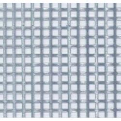 Plancha de Rejilla de aluminio en cuadro. Dimensiones 200 x 140 mm, 5 mm. Marca Maquett. Ref: 810-10.