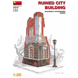 Edificio en ruinas. Escala 1:35. Marca Miniart. Ref: 35519.