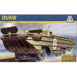 U.S. DUKW Amphibian Vehicle. Escala 1:72. Marca Italeri. Ref: 7022.