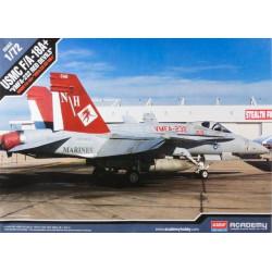 """USMC F/A-18+ """"VMFA-232 Red Devils"""". Escala 1:72. Marca Academy. Ref: 12520."""
