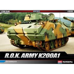 Vehículo ROK Army K200A1. Escala 1:35. Marca Academy. Ref: 13292.