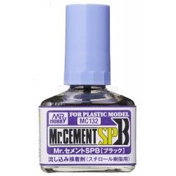 MR.CEMENT SPB BLACK FAST THIN GLUE .Bote 40 ml. Marca MR.Hobby. Ref: MC132.