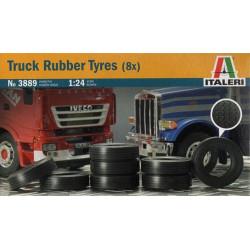 Neumáticos de goma para camión. 8 ruedas. Escala 1:24. Marca Italeri. Ref: 3889.