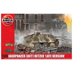 JagdPanzer 38 tonne Hetzer, Late Version. Escala 1:35. Marca Airfix. Ref: A1353.