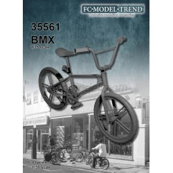 BMX bicicleta. Escala 1:35. Marca FCmodeltrend. Ref: 35561.