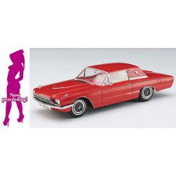 1966 American Coupe Type T, con Blond Girl's Figure. Escala 1:24. Marca Hasegawa. Ref: 52241.