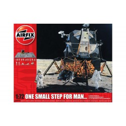 One Small Step for Man. Incluye 8 colores, 2 pinceles y adhesivo. Escala 1:72. Marca Airfix. Ref: A50106.