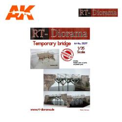 Puente de Madera. Escala 1:35. Marca RT-DIORAMAS. Ref: 35277.