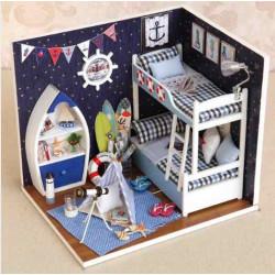 Miniature Dollhouse, Habitación infantil con iluminación. Marca Diy House. Ref: H011.
