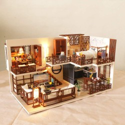 Miniature Dollhouse, Casa Japonesa. Marca Diy House. Ref: M25A.