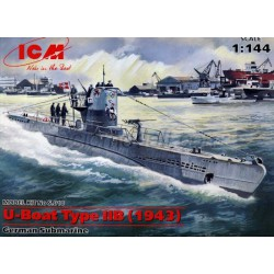 U-Boat Type IIB (1943). Escala: 1:144. Marca: ICM. Ref: S.010.
