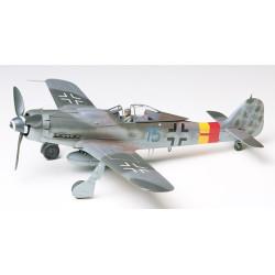 Focke-Wulf Fw190 D-9. Escala 1:48. Marca Tamiya. Ref: 61041.