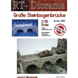 Puente de arco de piedra grande, ampliable. Escala 1:35. Marca RT-DIORAMAS. Ref: 35110.