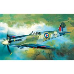 Avión Spitfire MK. XIVc. Escala 1:72. Marca Academy. Ref: 12484.