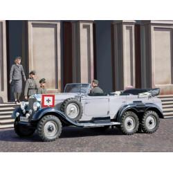 Mercedes G4 (1939 Production), 4 figuras. Escala 1:35. Marca ICM. Ref: 35531.