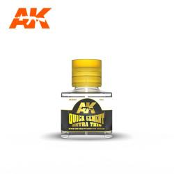 QUICK EXTRA THIN CEMENT. Bote 40 ml. Marca AK Interactive. Ref: AK12001.