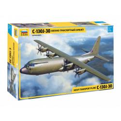 Heavy transport plane C-130J-30. Escala 1:72. Marca Zvezda. Ref: 7324.