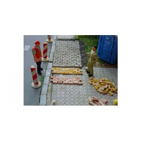 Acera Pavimentada Rojo Mixto. Caja de 2000 unid. Escala 1/87. Marca Juweela. Ref: 28144.